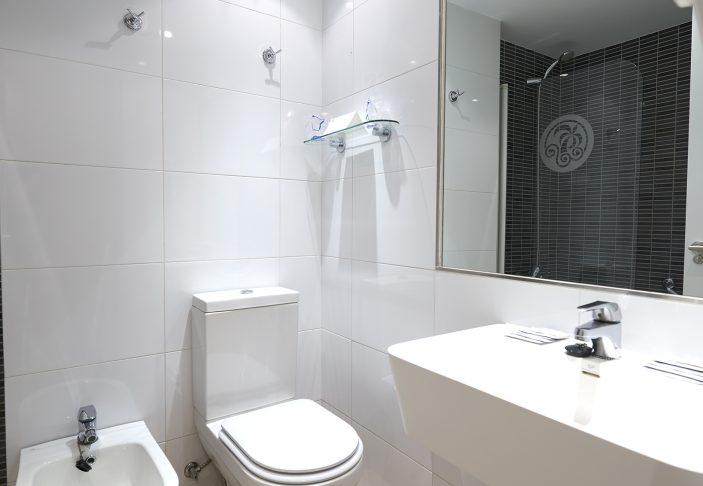 Hotel Palmasol - Bathroom 01