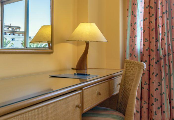 habitacion 233- 02