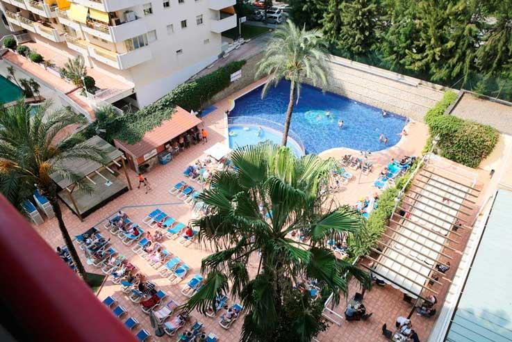 Piscina Hotel Eurosalou